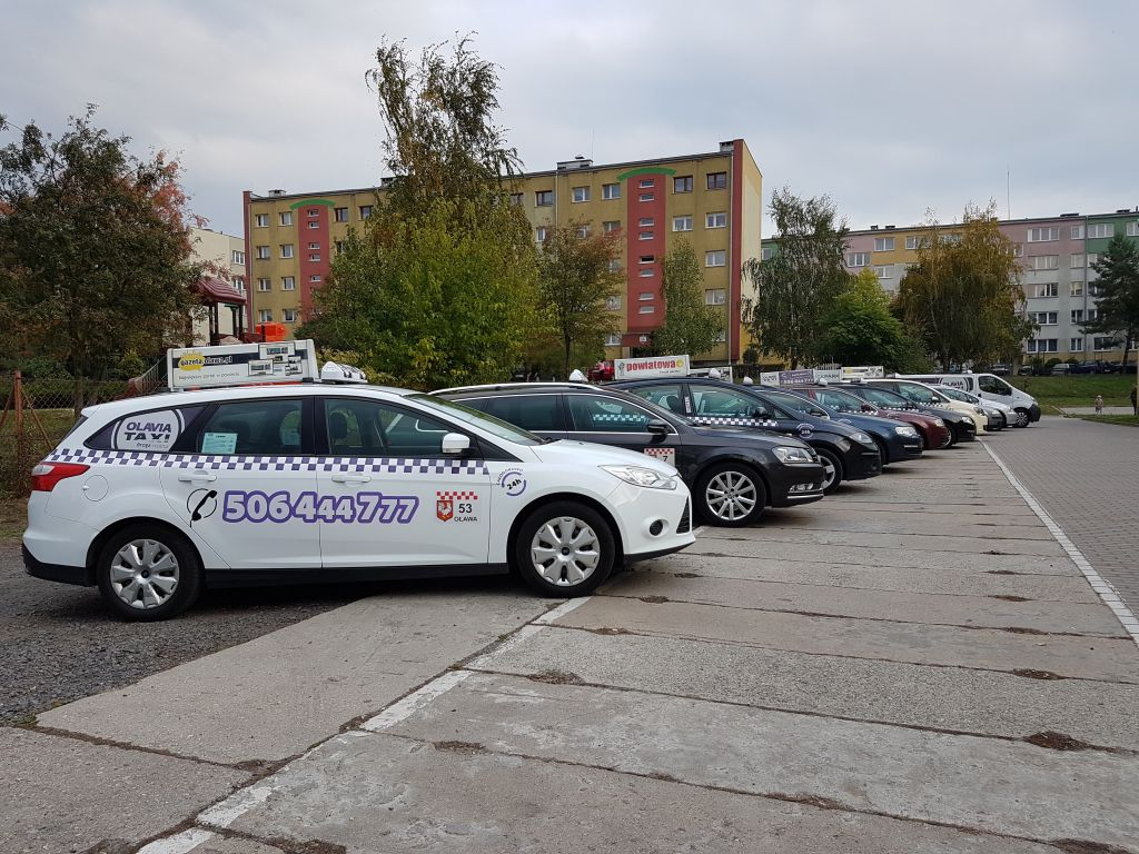 taxi_w_brzegu